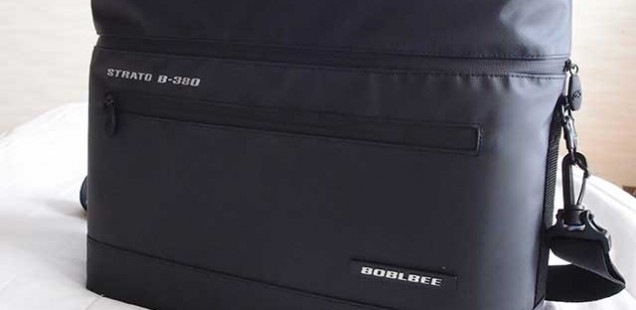 BOBLBEEのビジネスバッグにMACBOOKやX-E1を