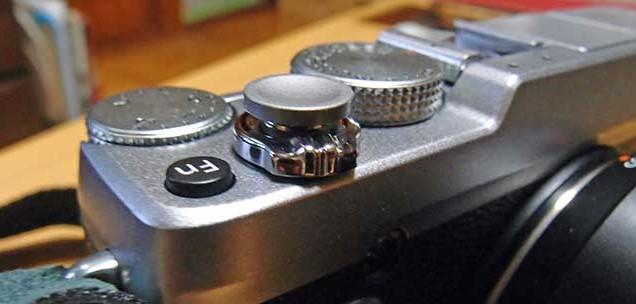 カメラX-E1にレリーズボタン(シャッターボタン)装着