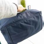 カメラとパソコンを持っての通勤バッグにスリングバッグはいかが?
